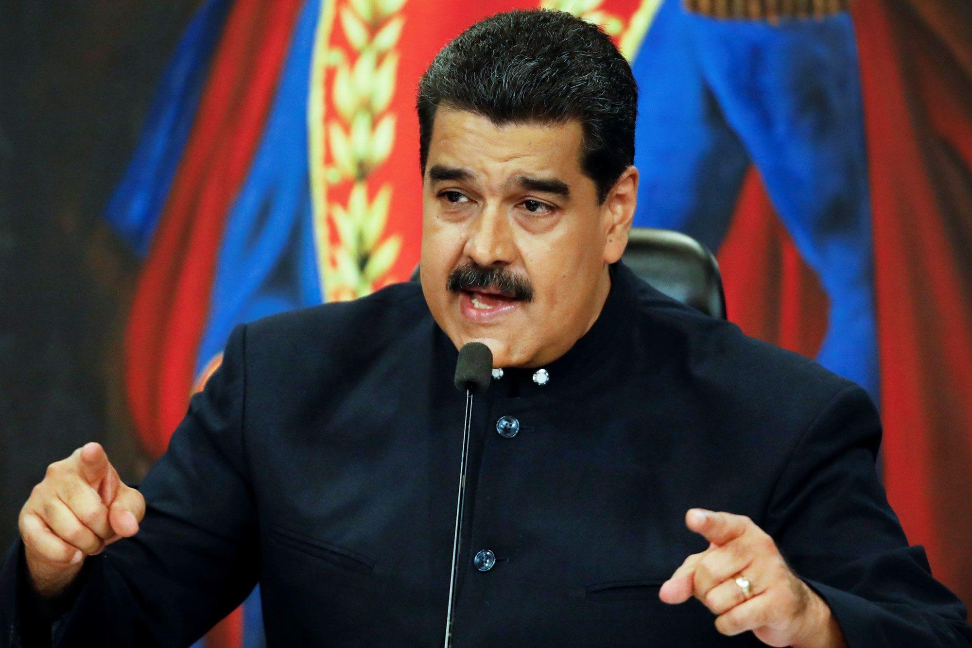 Maduro es acusado de conspirar con el Cartel de los Soles, uno de los carteles que trabajaban con las FARC en Venezuela