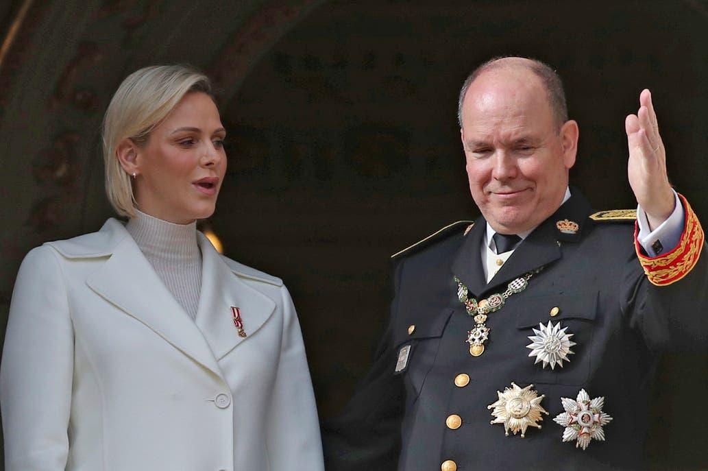 El príncipe Alberto de Mónaco dio positivo en la prueba del coronavirus, así lo confirmó  el jueves el palacio.