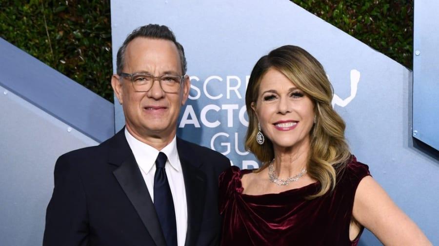 El actor se encuentra en aislamiento junto a su esposa en un hospital de Australia