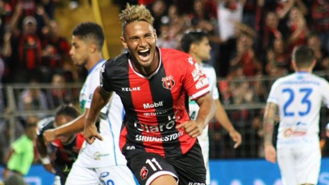 Alexander López asegura que el campeonato costarricense podría volver a finales de abril