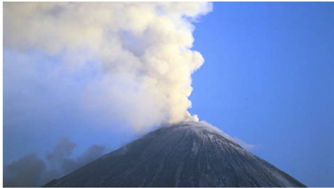 Las nubes de humo podrían extenderse a miles de kilómetros y cruzar las rutas aéreas
