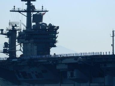 Marina de Estados Unidos releva al capitán del portaaviones nuclear por pedir ayuda ante brote de covid-19