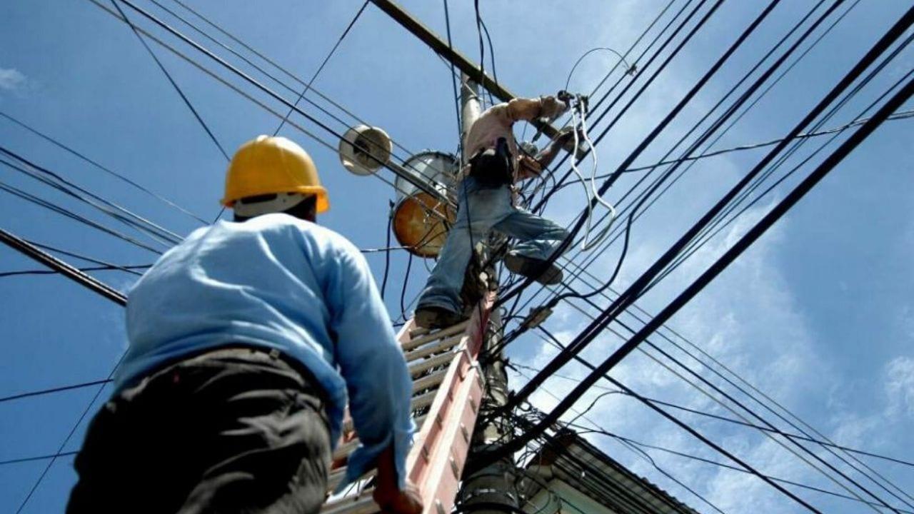 A pesar del estado de emergencia nacional, la Eeh ha programado cortes de energía en distintas zonas de Honduras.