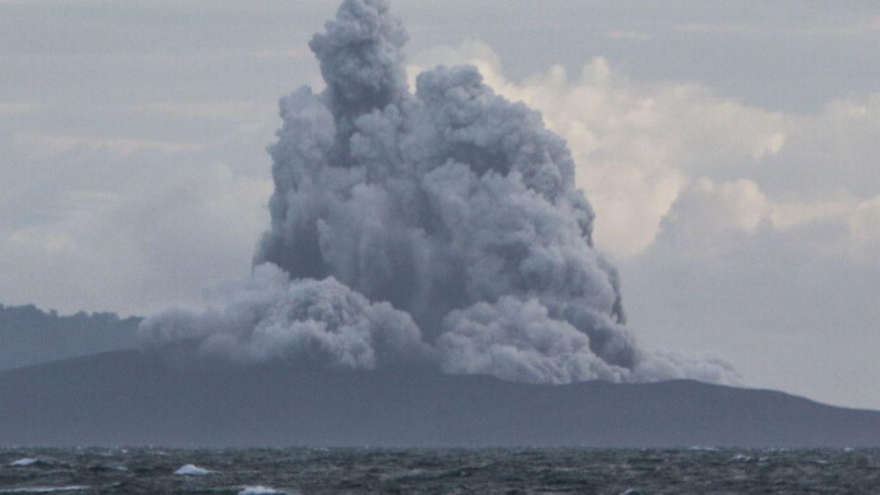La prolongada pausa se traduce en una probabilidad cada vez más alta de que ese fenómeno suceda de manera inminente, advirtió el vulcanólogo.