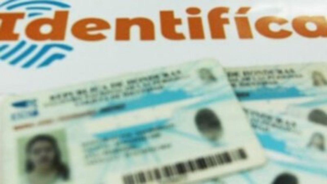 El directivo del Registro Nacional de las Personas (RNP) solicita a la población hondureña a que realicen el preregistro en línea.