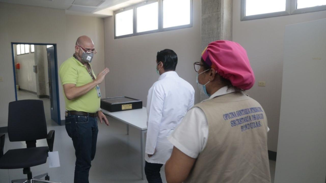 Según el jefe de virología de San Pedro Sula, con este nuevo acondicionamiento aumentaría de 500 a 600 pruebas procesadas en el día.