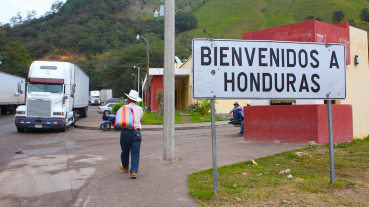 Los transportistas costarricenses solo deben permanecer 72 horas en el país y no 10 días como estaba permitido.