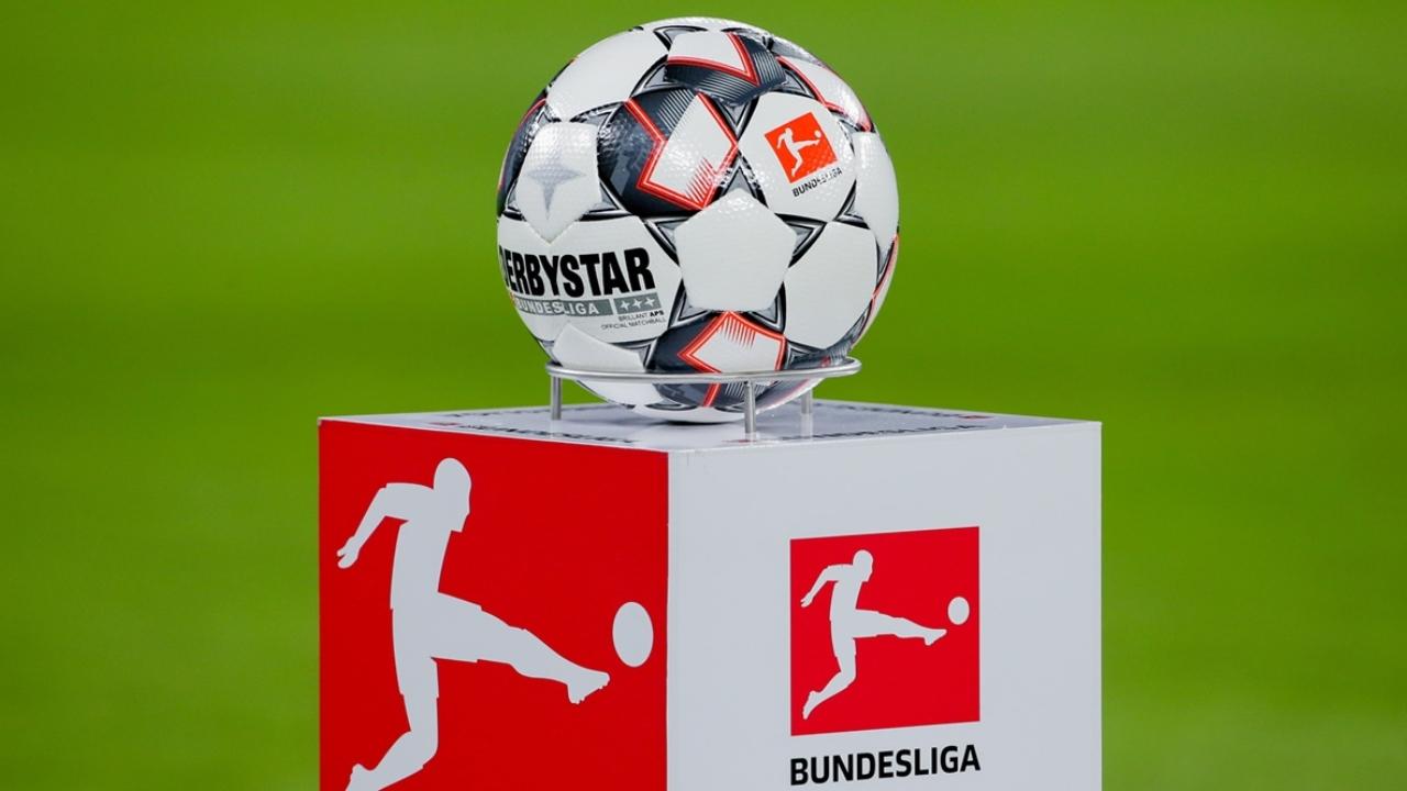 Tras la decisión del gobierno, la Liga Alemana de Fútbol (DFL) envió un correo a los 36 clubes de las dos primeras divisiones.