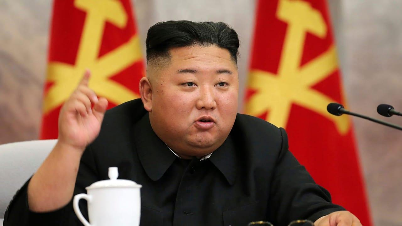 """Medios locales de ese país aseguran que durante la reunión el mandatario analizó la probabilidad de """"incrementar el poder militar"""" de esa nación."""