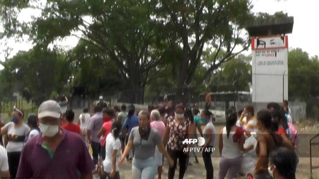 De acuerdo a las autoridades del centro, los privados de libertad intentaron realizar un escape masivo. (Imágenes sensibles).