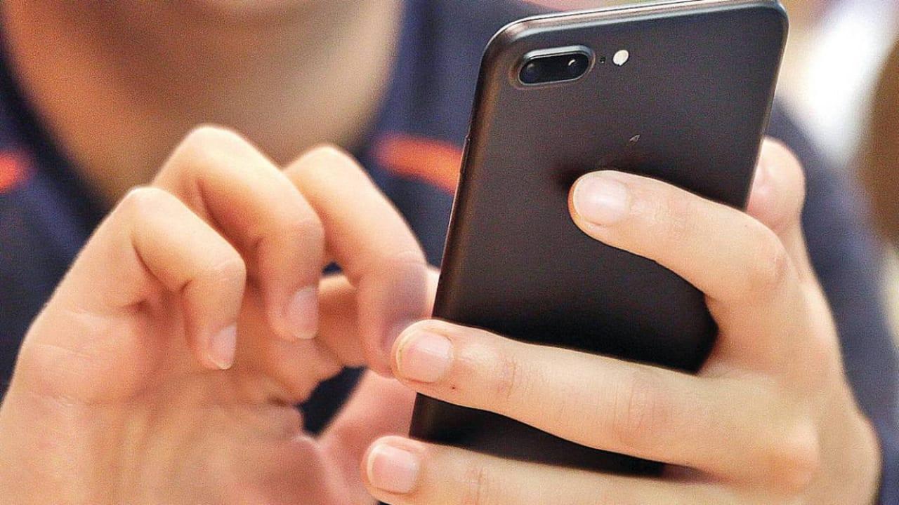 Visitar sitios creíbles, no quedarse solo con lo que dicen en las redes sociales, coinciden profesionales de la comunicación.