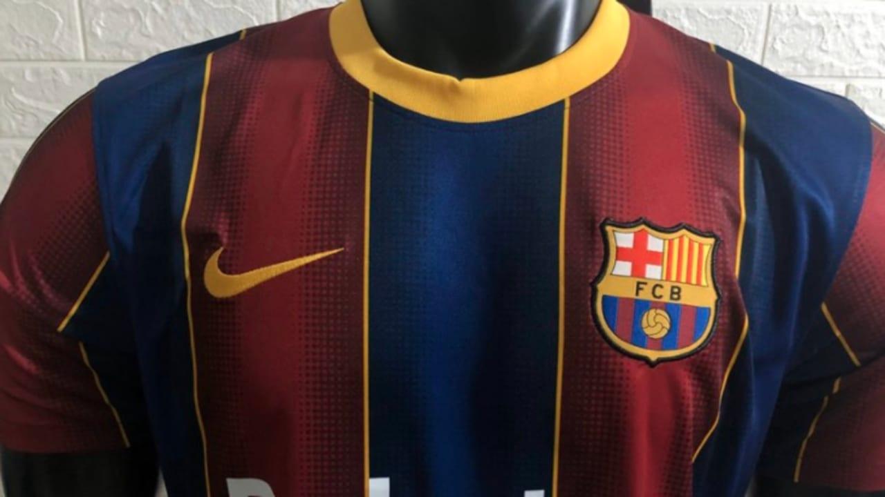 Las fotografías de la nueva piel del Barça han circulado en redes sociales, causando furor entre sus fanáticos.