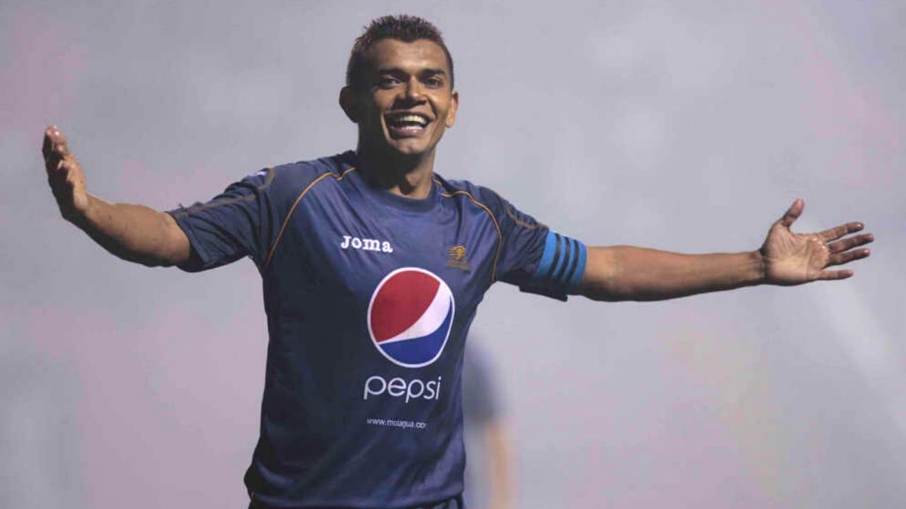 Amado Guevara, cinco títulos con Motagua, capitán con más partidos en la Selección de Honduras, referente del fútbol hondureño