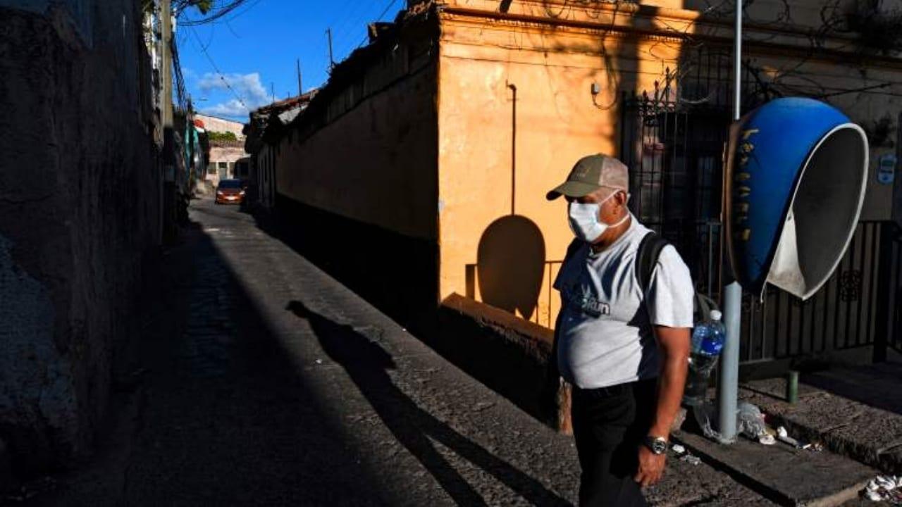 El gobierno hondureño ha determinado que los ciudadanos deberán seguir encerrados una semana más, el sistema de circulación se mantiene en el mismo orden.