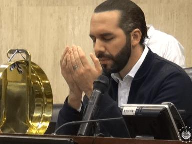 Bukele envía mensaje de fe en medio de dos tragedias que azotan a El Salvador