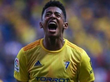 El Choco Lozano confirma que seguirá en el Cádiz por tres años más
