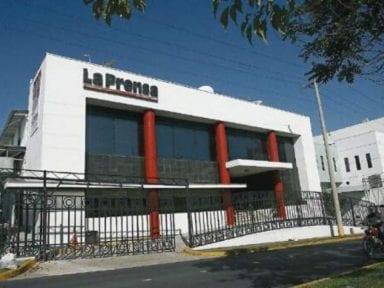 Justicia panameña secuestra cuentas del diario La Prensa a petición de expresidente