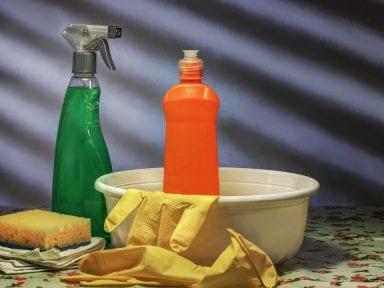 ¿Es recomendable desinfectar con cloro? Conozca los cuidados que debe tener con el uso de químicos en el hogar