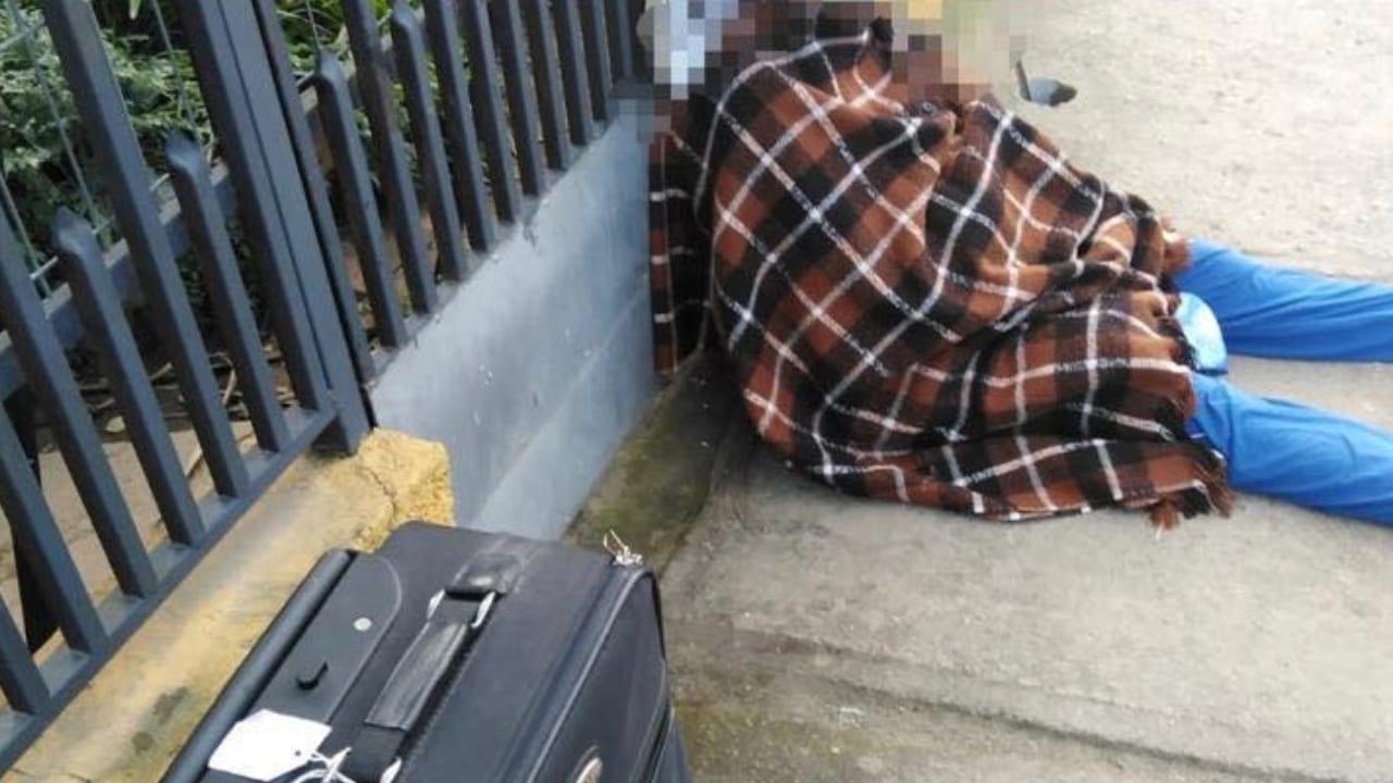 La hija supuestamente engañó a su madre para que le cediera los derechos de su vivienda.