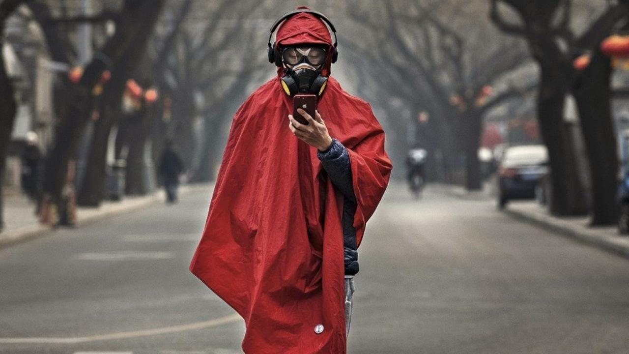Según el último recuento de la OMS, hay cerca de  27 millones de personas infectadas en el mundo, registrándose además 881 mil muertos por la pandemia