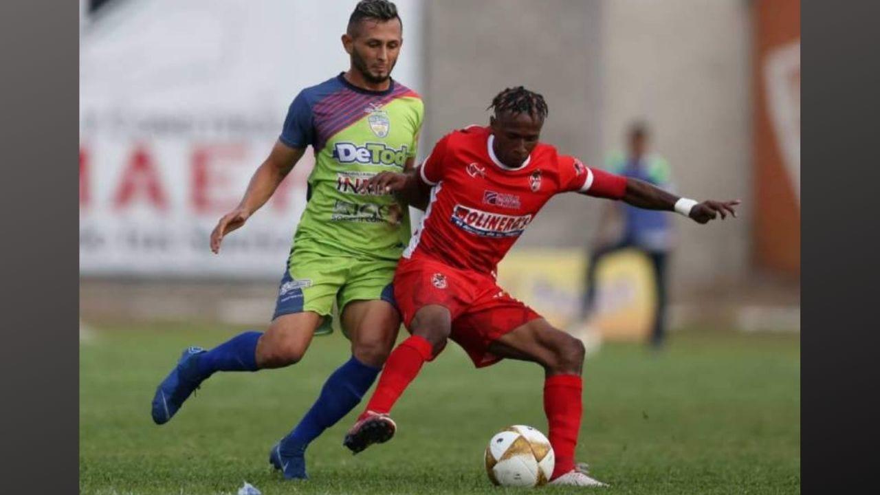 La Liga Nacional había decidido suspender el descenso para la próxima temporada pero la Fenafuth habria intervenido por esa situación.