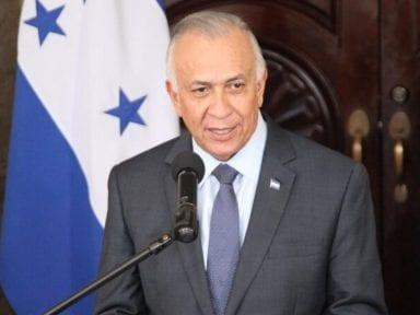 Mauricio Oliva: 'El futuro de Honduras y la paz de su gente pasa por respetar el Estado de derecho y la democracia'