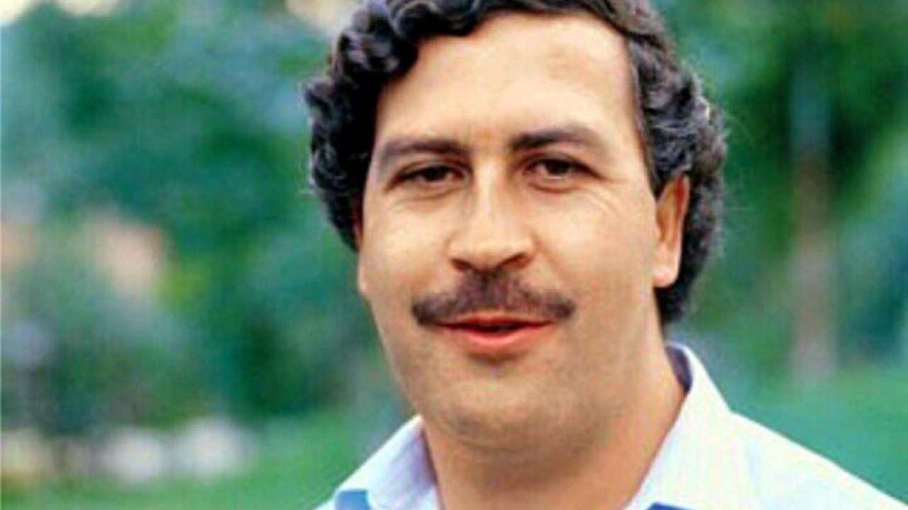 El vídeo muestra todas las pertenencias que fueron encontradas en la que sería la última caleta de Pablo Escobar.