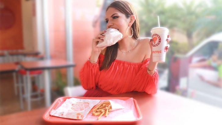 El sándwich que causó furor viral en Estados Unidos ya está disponible en Honduras, te contamos dónde lo puedes disfrutar.
