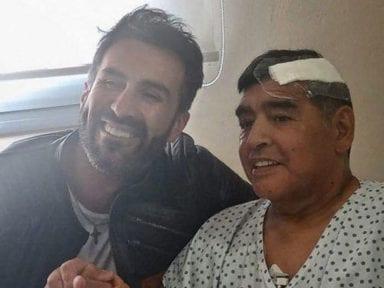 Médico de Maradona se presentó a los tribunales tras ser acusado por su muerte
