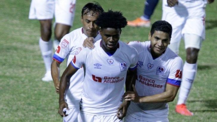 Olimpia se mete a las semis de la Liga Concacaf al ganar 2-0 al Motagua