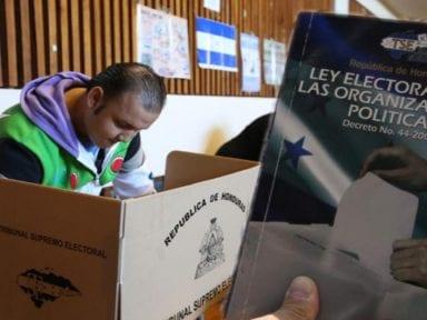 """Congresistas """"pusieron a dormir las esperadas reformas electorales"""", reclama Cáritas de Honduras"""