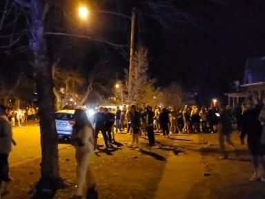 A lo Proyecto X: Fiesta universitaria se sale de control y termina en enfrentamiento con la policía en Estados Unidos