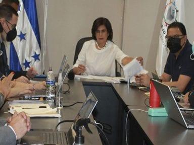 Piden al Congreso que apruebe decreto de emergencia para integrar el pleno del CNE, a 6 días de las primarias