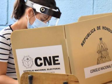 """Analista: """"El CNE debería tener  lista la ruta logística  para las generales"""""""