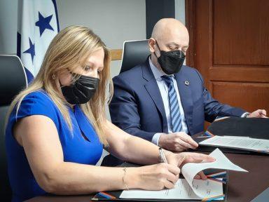 Fiscalía de Honduras y la ONU acuerdan fortalecer protección a DD. HH.