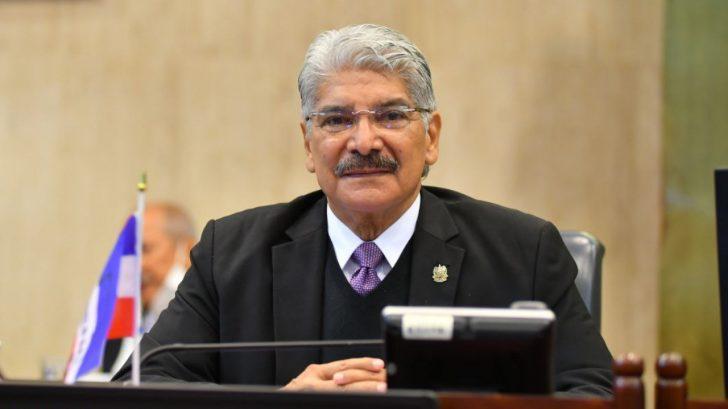 ¿Qué pasaría si Norman Quijano pide asilo político en Honduras y El Salvador lo requiere en extradición?, expertos hondureños hacen su análisis