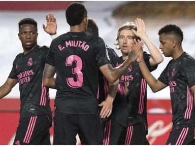Real Madrid le pone más picante a LaLiga goleando a domicilio al Granada