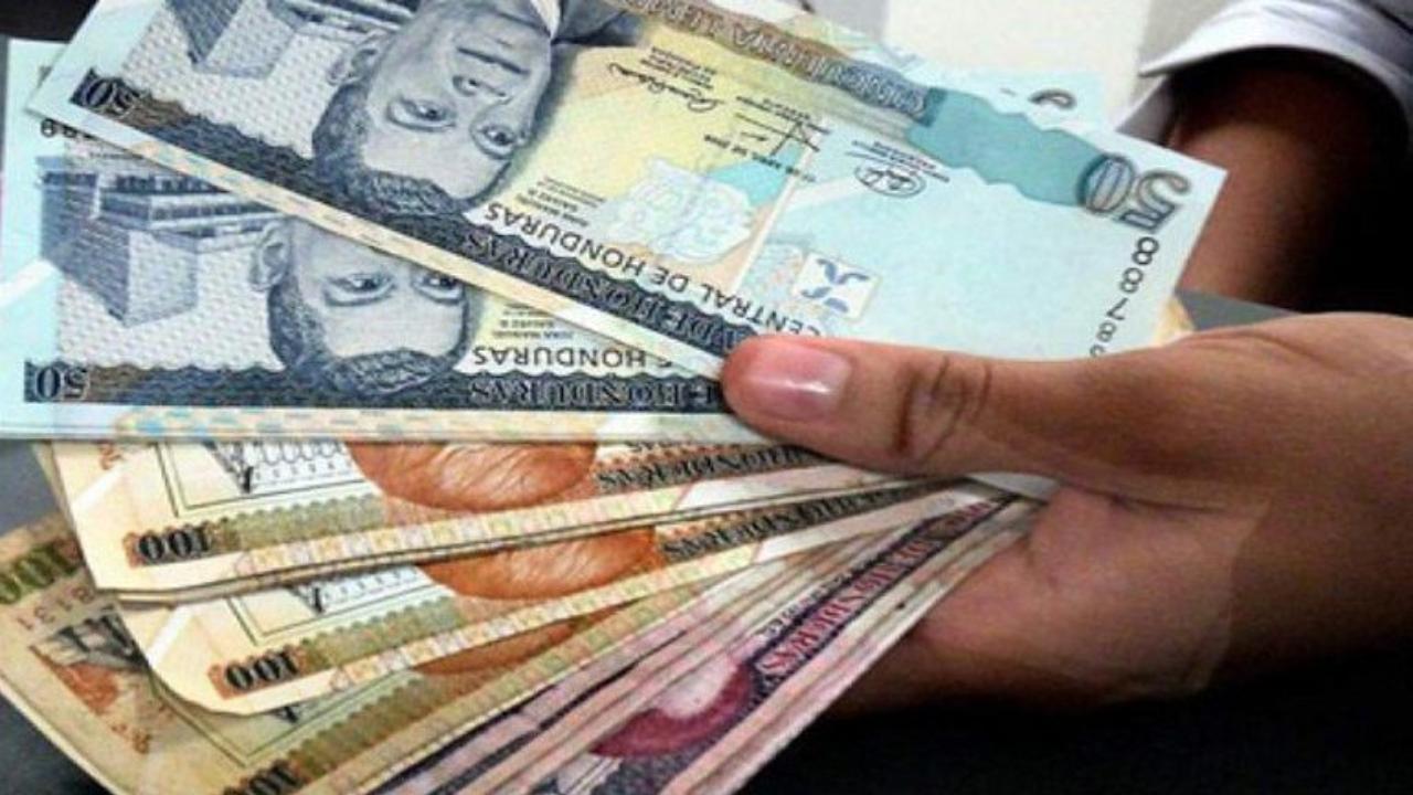 El coordinador del gobierno, Carlos Madero, dijo no será fácil resolver el ajuste salarial, debido a las condiciones económicas del país