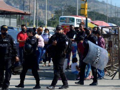 Ecuador declara emergencia en sistema carcelario tras motines que dejaron 22 muertos