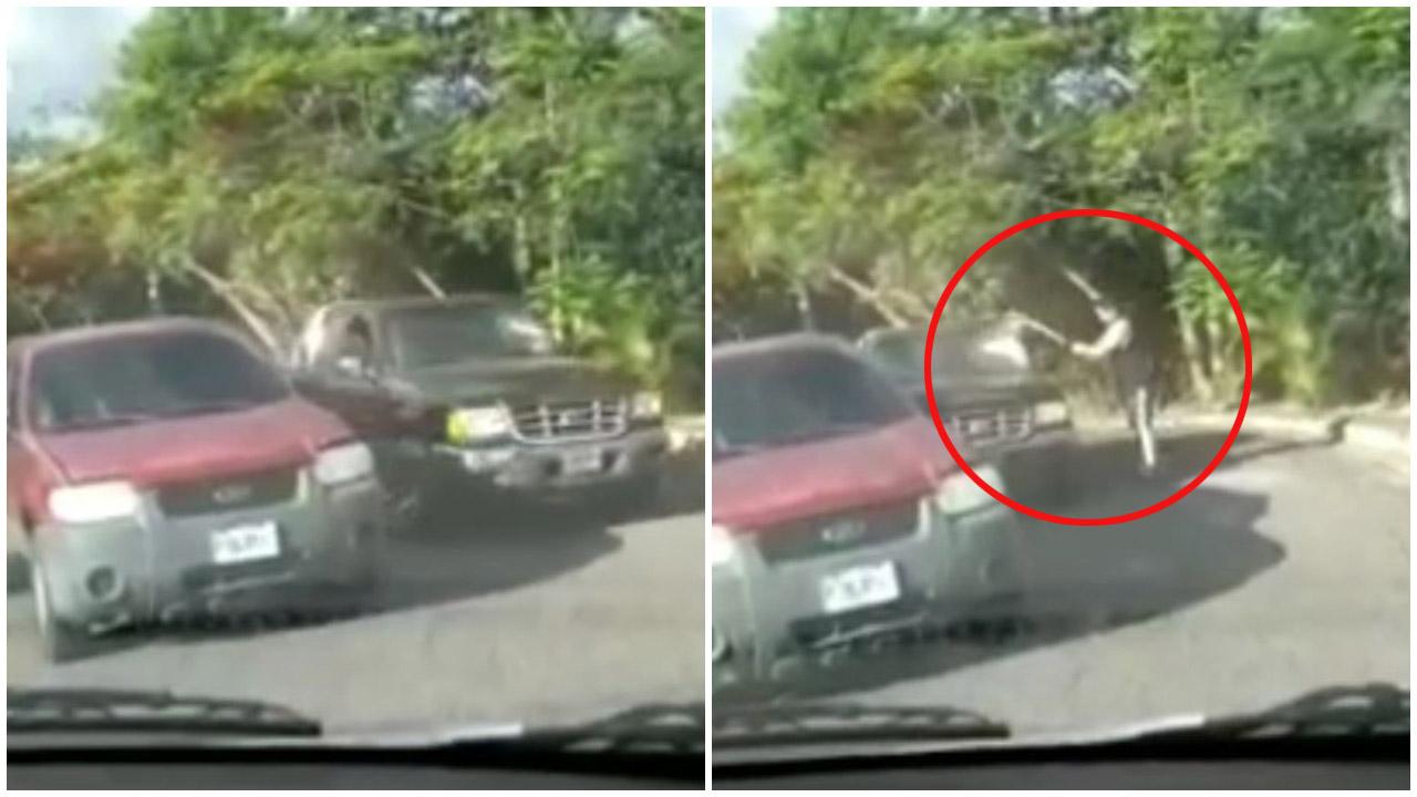 En una aparente discusión en plena calle, el hombre utilizó un bate para romper el vidrio frontal del vehículo y huyó del lugar