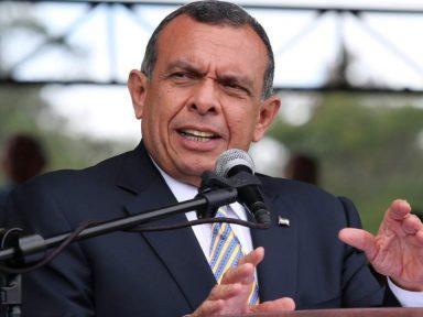 Estados Unidos prohíbe ingreso al expresidente hondureño Porfirio Lobo tras figurar en Lista Engel
