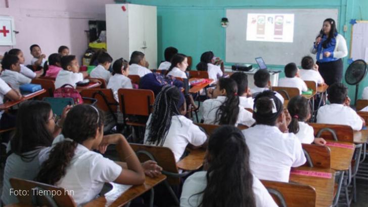 Educación reporta cero casos de covid en zonas de baja incidencia