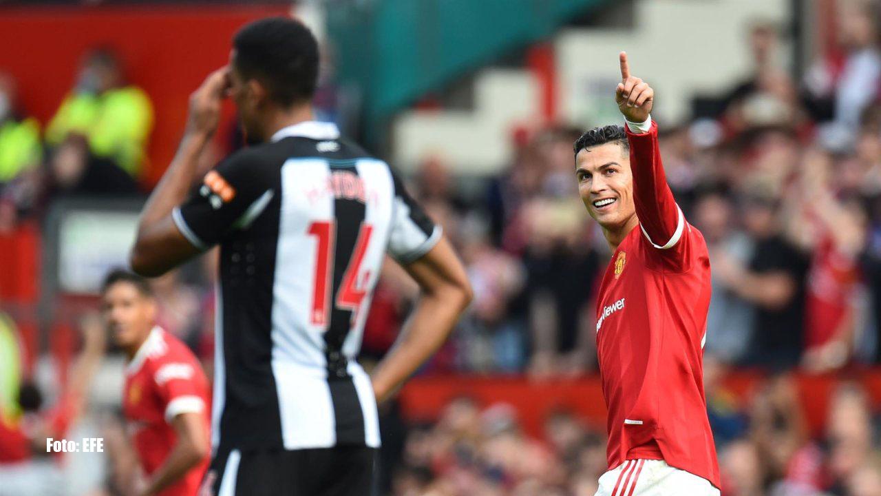 """Cristiano Ronaldo anotó dos goles en su regreso al Manchester United y encaminó la victoria de los """"Diablos Rojos"""" que dirige Ole Gunnar Solskjær"""