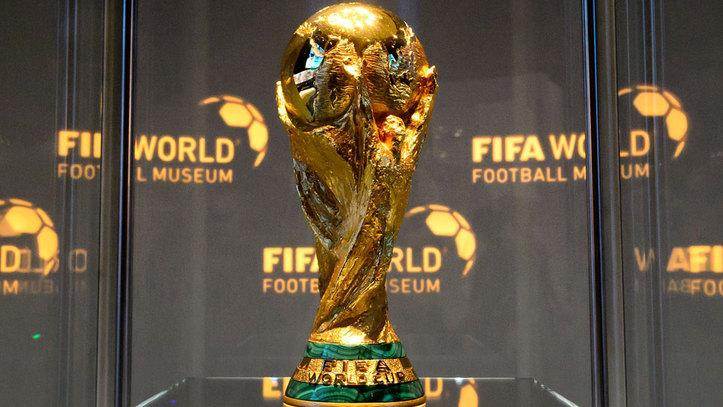 El principal argumento de la FIFA es que organizar el Mundial bienal significa más ingresos a distribuir entre las federaciones.