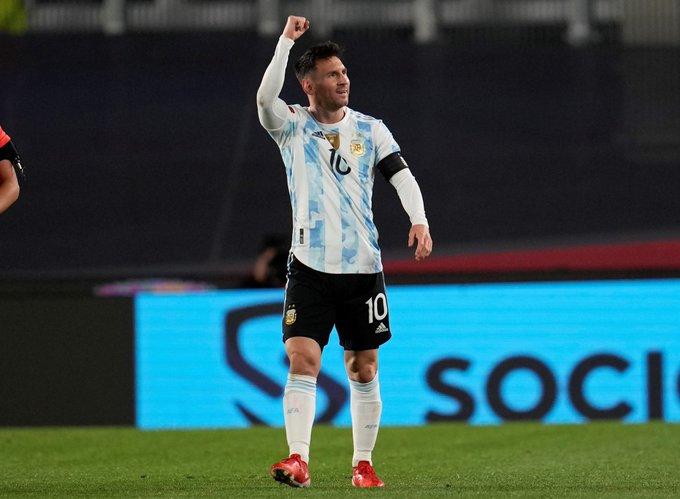 Messi marcó un hat-trick ante Bolivia y rompió el mítico récord de Pelé: ahora es el argentino quien tiene más goles en una Selección sudamericana.