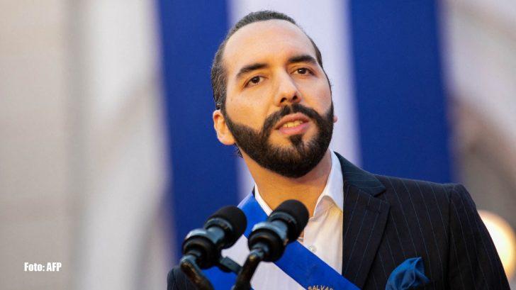 Nayib Bukele firma una polémica reforma que cesa a los jueces sexagenarios en El Salvador