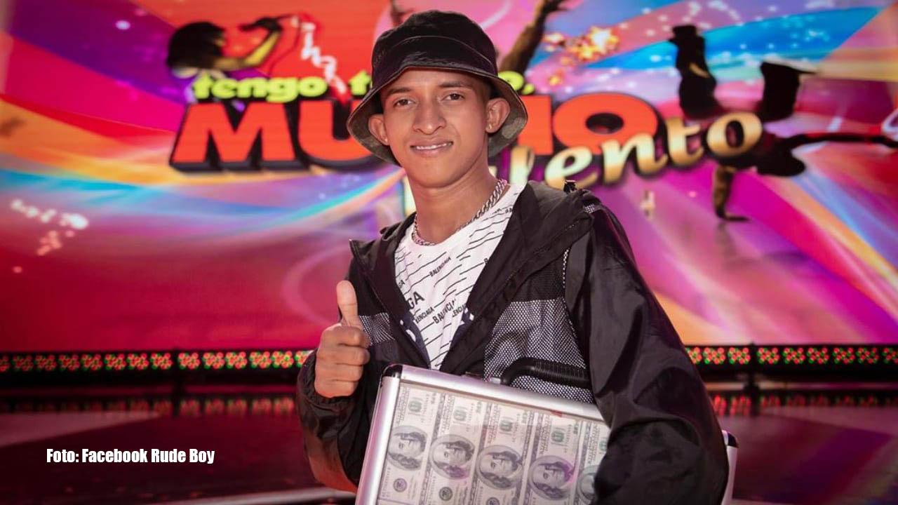 El hondureño Rude Boy reveló que está a la espera de recibir el premio para cumplir una promesa que le hizo a su madre. Aquí el mensaje