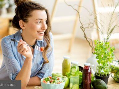 ¿Cómo evitar sacrificios en el vegetarianismo y aprender a comer saludablemente?