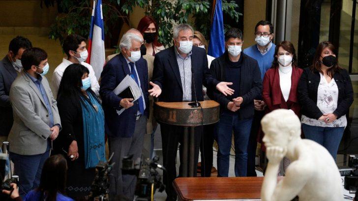 Oposición chilena presenta acusación para destituir al presidente Piñera por caso de Papeles de Pandora