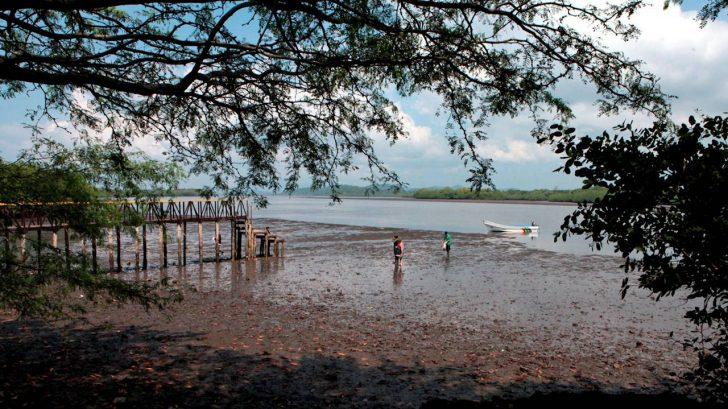 Como 'cortina de humo' tilda oposición salvadoreña la disputa sobre el golfo que ha revivido el gobierno de Honduras